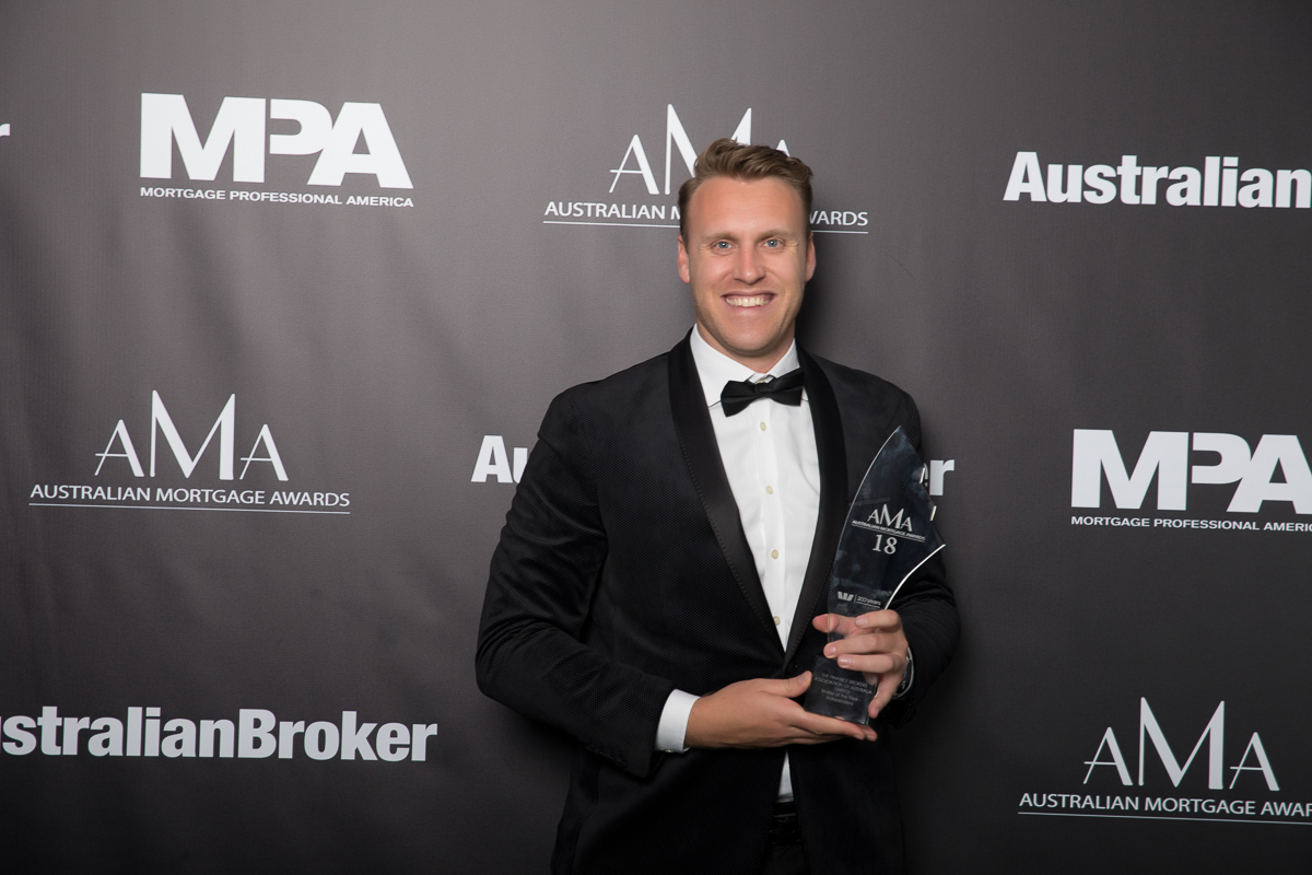 FBAA BROKER OF THE YEAR INDEPENDENT
